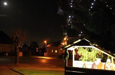 Vochovské spolky se podílely na vánoční výzdobě